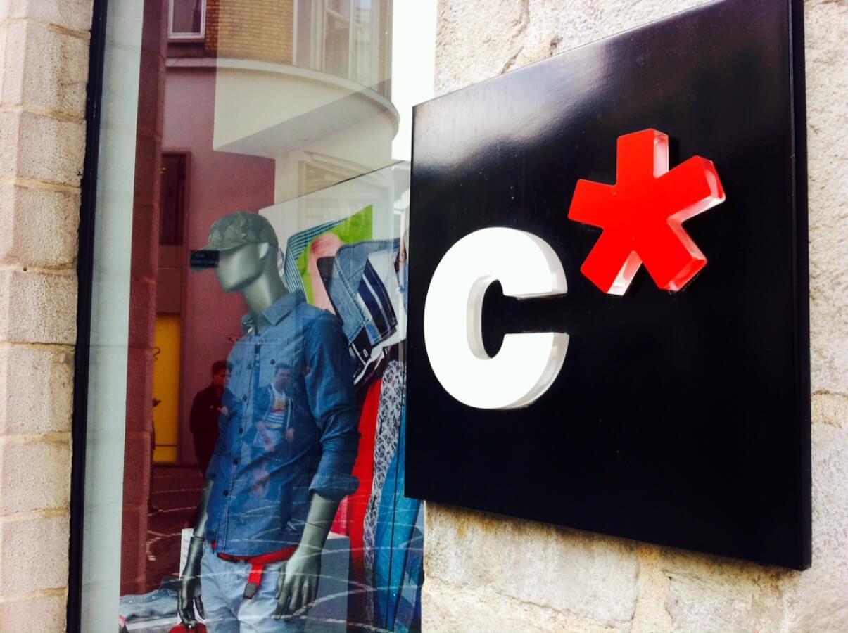 Celio appose le logo HANA sur ses polos !