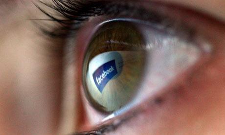 N'interdisez pas Facebook au travail, ça ne sert à rien !