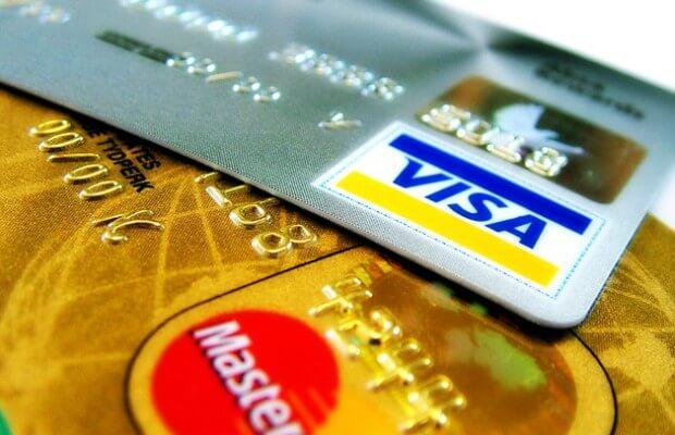 iPhone 6… Accords avec Amex, Visa et  Mastercard