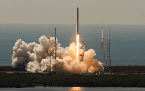 Pari gagné pour SpaceX. Egalement pour le luxembourgeois SES