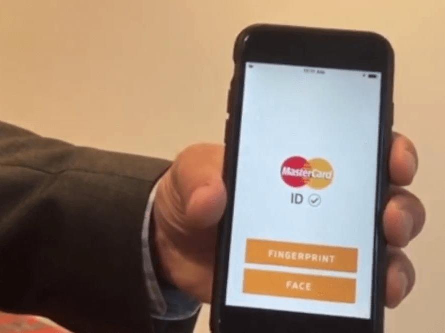 Mastercard : technologie des puces et empreintes digitales