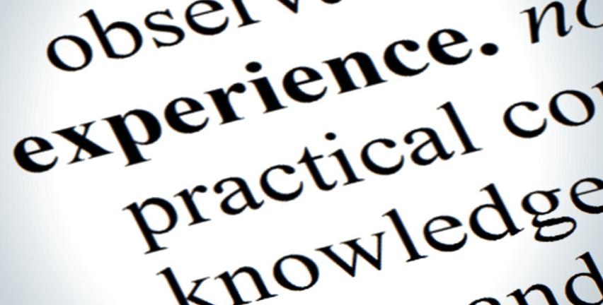L'expérience client et la donnée sont devenues des piliers de la transformation des entreprises. Cela suppose de comprendre les comportements du consommateur final et d'engager une conversation pour envisager les implications que cela engendrera pour l'entreprise.
