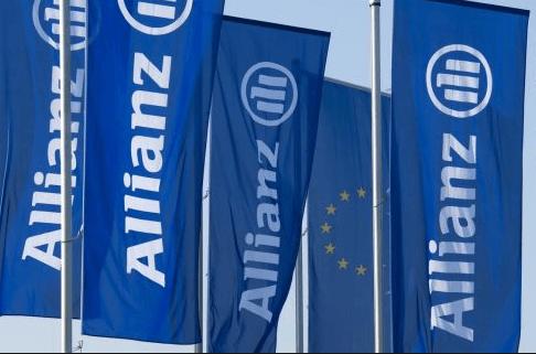 Allianz Life Luxembourg introduit la création de formulaires en ligne et la signature électronique au départ de la numérisation de ses dossiers de polices d'assurance.