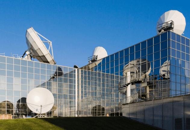 La connectivité proposée par SES Networks, comparable à celle de la fibre, permet aux clients d'atteindre de nouveaux marchés géographiques et de supporter de nouvelles applications sur la plateforme IBM Cloud.
