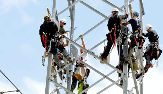 En se connectant à LU-CIX, Creos, acteur clé du secteur énergétique luxembourgeois, renforce naturellement la sécurité de son trafic Internet, géré et conservé sur le territoire